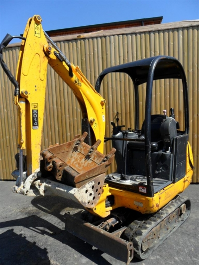 1 ½ ton digger and operator